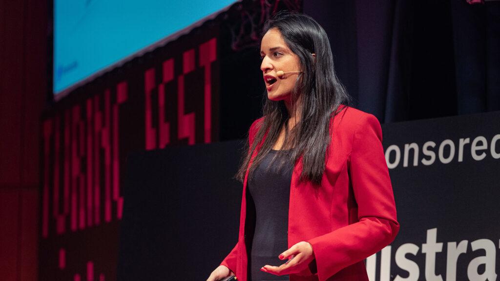 Nandini Jammi speaking at Turing Fest.